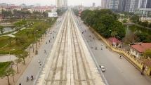 Metro Nhổn - Ga Hà Nội thành hình đường trên cao xuyên qua phố phường