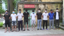Bắc Ninh: 8 công nhân bị bắt giữ vì đánh bạc tại phòng trọ