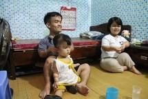 Cuộc sống của đôi vợ chồng tí hon tại Hà Nội