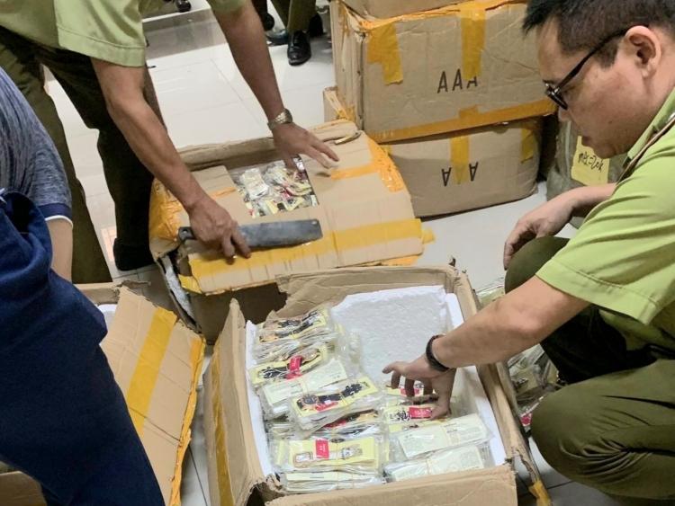 Bắc Ninh: Phát hiện, thu giữ hàng nghìn chiếc đồng hồ lậu