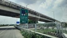 """Lắp rào chắn tại một số """"điểm đen"""" trên cao tốc Hà Nội - Bắc Giang sau phản ánh của Báo Tuổi trẻ Thủ đô"""