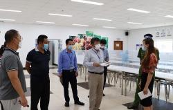 Bắc Ninh: Công nhân ăn, ở, làm việc tại công ty