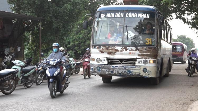 binh doan xe can dat cho cong nhan cua htx van tai thach thanh hoat dong trai phep