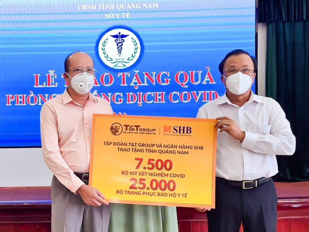 """""""Bầu Hiển"""" tiếp tục ủng hộ hàng nghìn kit xét nghiệm cho Quảng Nam chống dịch"""