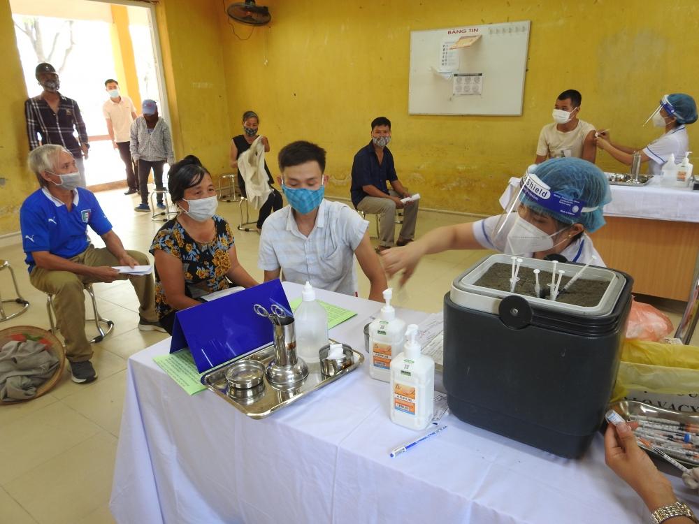 Hơn 200 nghìn người tại huyện Đông Anh đã được tiêm vắc xin phòng Covid-19