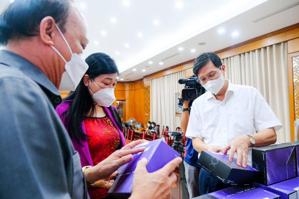 T&T Group hỗ trợ 1 triệu bộ kít xét nghiệm PCR cho Hà Nội chống dịch