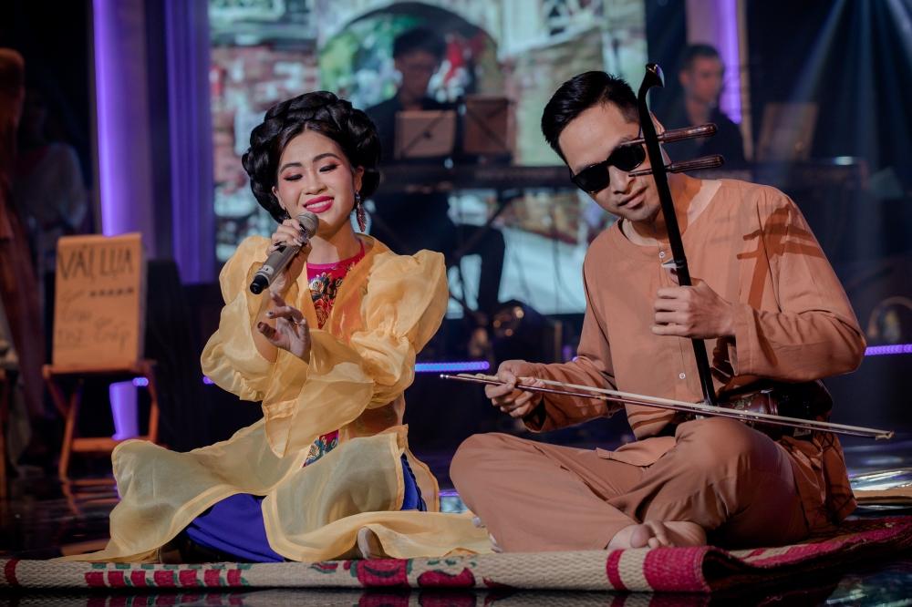 Xẩm kết hợp với Hiphop và EDM- Sự táo bạo của cô gái Hà Thành