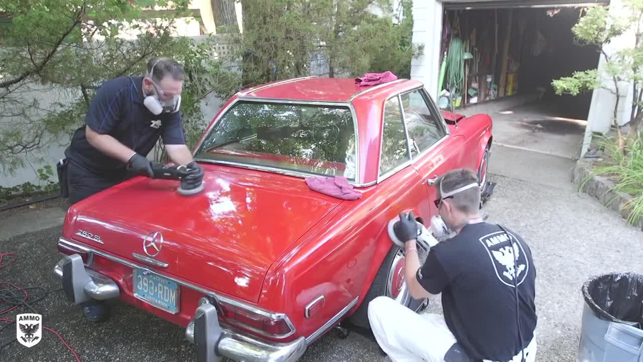 Clip hồi phục chiếc Mercedes bị bỏ trong kho 37 năm người xem nhãn mãn