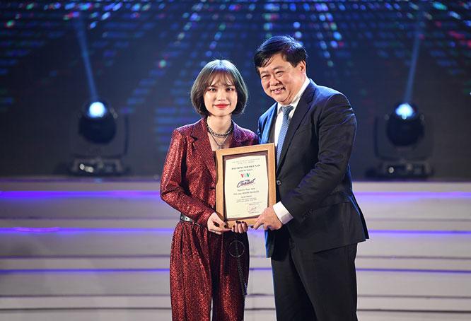 """Nguyễn Ngọc Anh đoạt Quán quân """"Giọng hát hay tiếng Hàn Quốc - VOV 2019"""""""