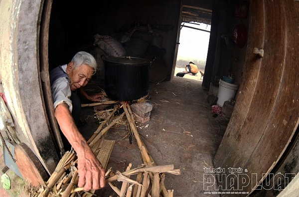 phong tuc goi banh chung o lang co duong lam