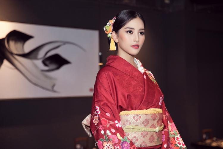 Hoa hậu Trần Tiểu Vy: Trải nghiệm và nuôi dưỡng trái tim ấm áp