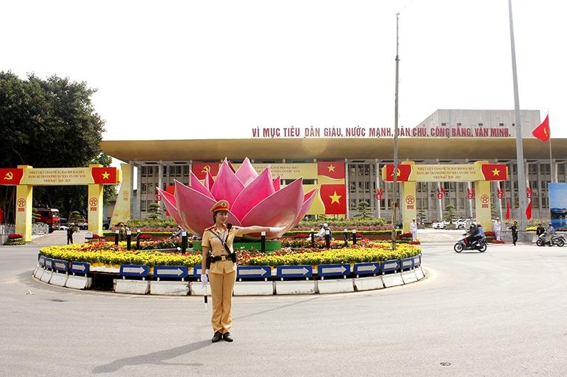 Công an Hà Nội phân luồng giao thông, phục vụ diễn tập bảo vệ Đại hội Đảng toàn quốc lần thứ XIII