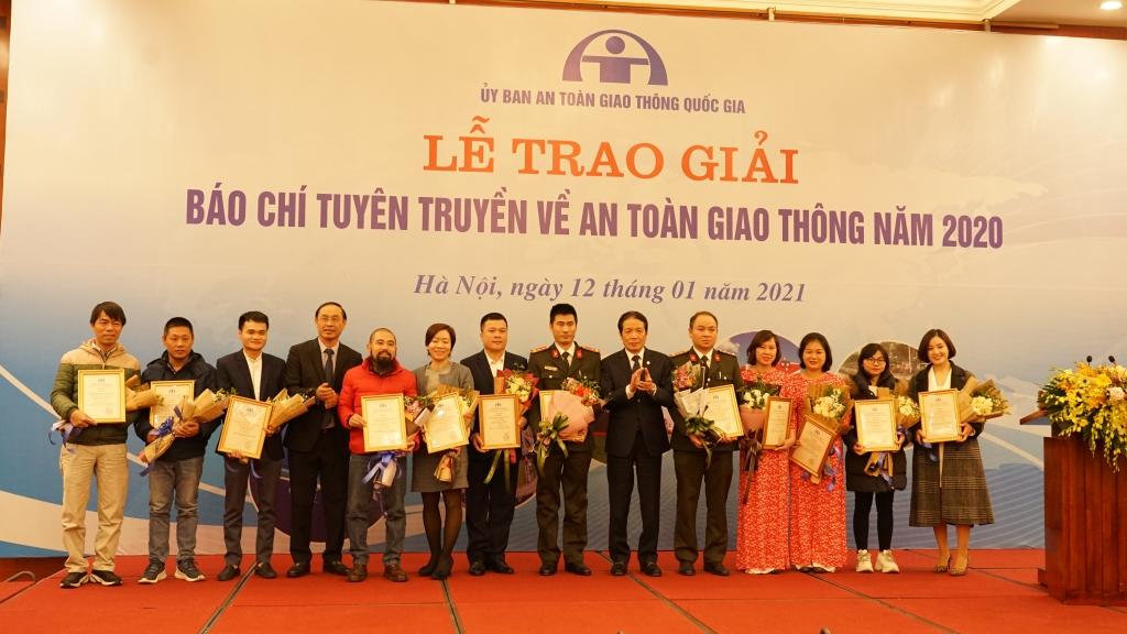 Báo Tuổi trẻ Thủ đô giành giải Nhất giải Báo chí tuyên truyền về an toàn giao thông năm 2020