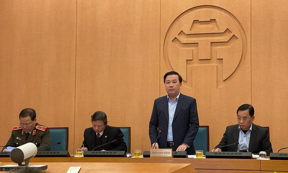 Phó Chủ tịch UBND TP Hà Nội Chử Xuân Dũng phát biểu chỉ đạo tại cuộc họp