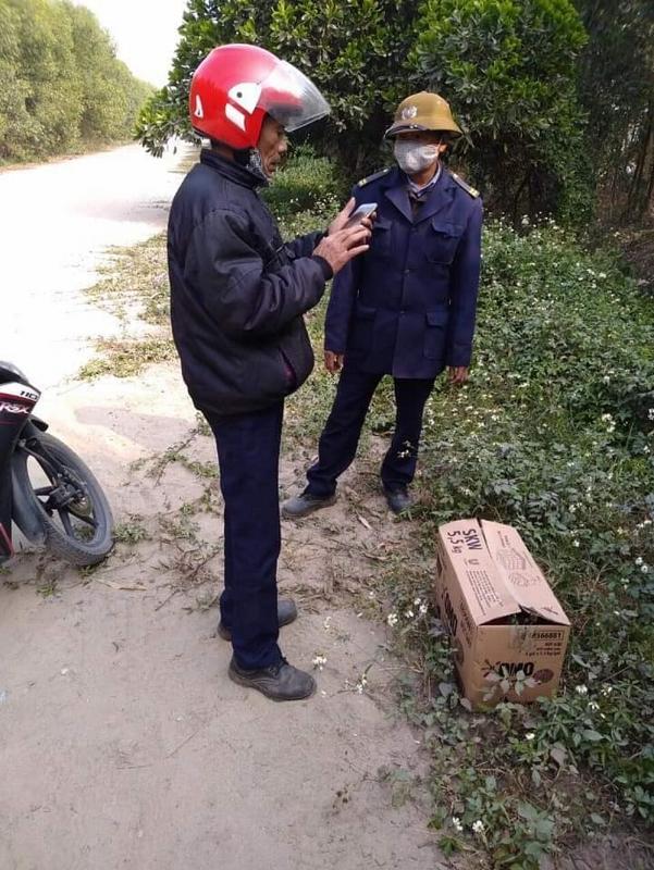 Ông Chuyên là người phát hiện ra cháu bé sơ sinh bị bỏ rơi trên địa bàn
