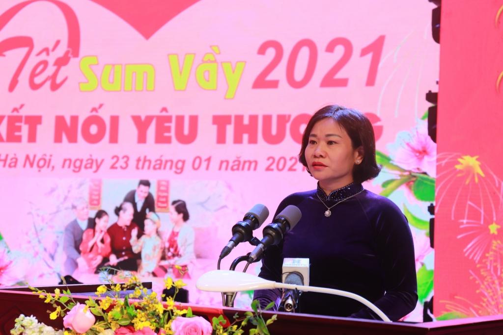 Phó Bí thư Thường trực Thành ủy Nguyễn Thị Tuyến phát biểu tại hội nghị