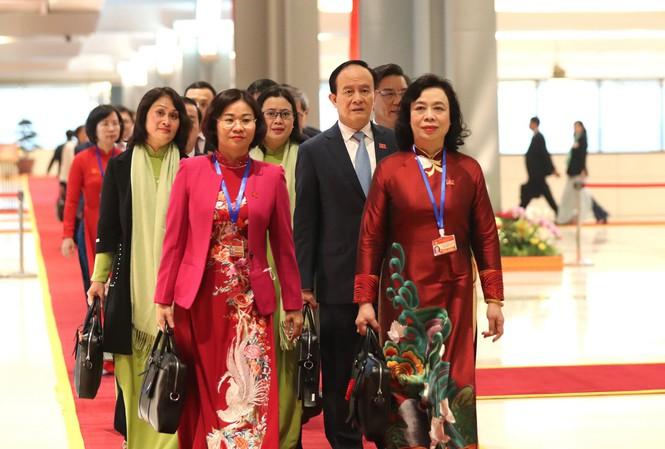 Các đại biểu dến dự Đại hội lần thứ XIII của Đảng. Ảnh: Như Ý