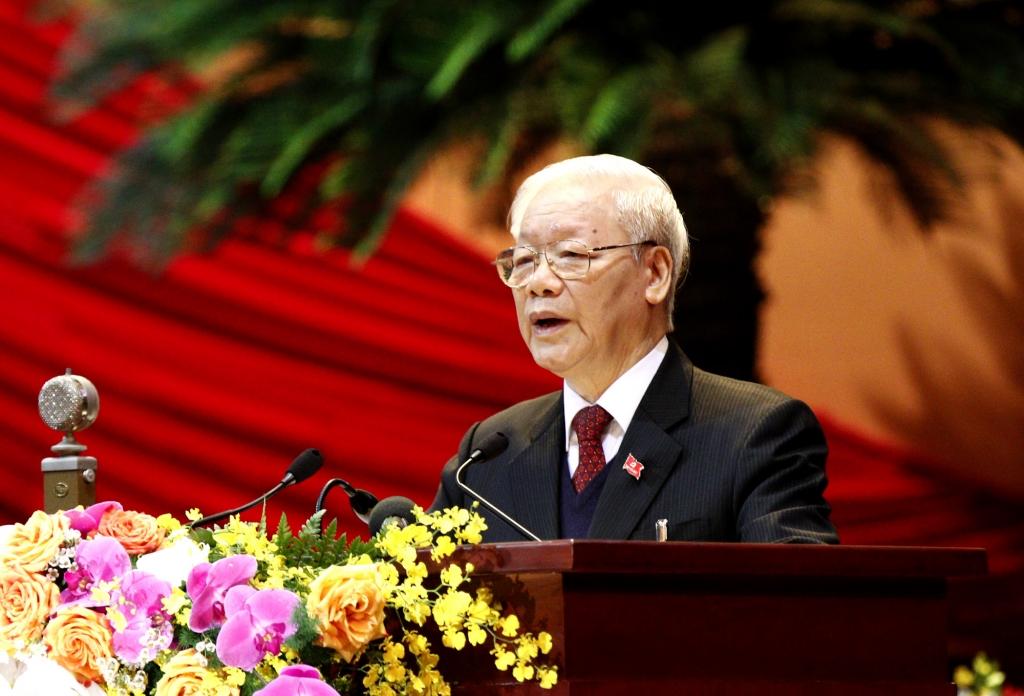 Tổng Bí thư, Chủ tịch nước Nguyễn Phú Trọng trình bày Báo cáo của Ban Chấp hành Trung ương Đảng khoá XII về các văn kiện trình Đại hội XIII của Đảng