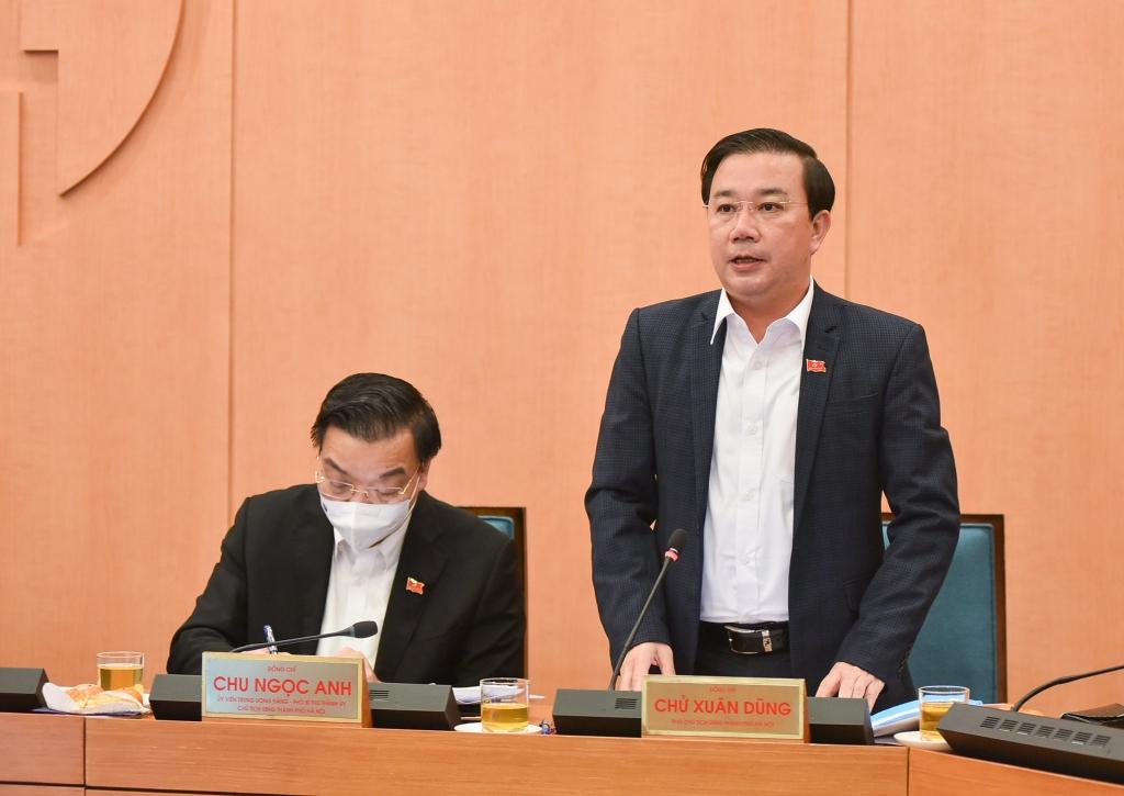 Phó Chủ tịch UBND TP Chử Xuân Dũng phát biểu tại cuộc họp