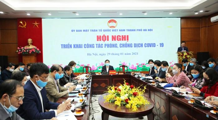 Phó Chủ tịch Ủy ban MTTQ Việt Nam thành phố Nguyễn Sỹ Trường triển khai tại hội nghị
