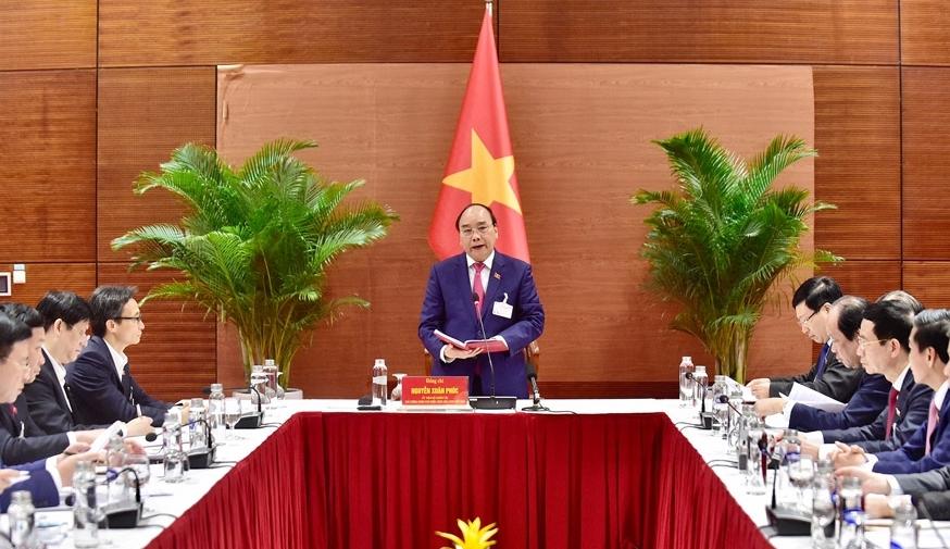 Thủ tướng Nguyễn Xuân Phúc: Phòng dịch quyết liệt nhưng vẫn bảo đảm để Nhân dân đón Tết