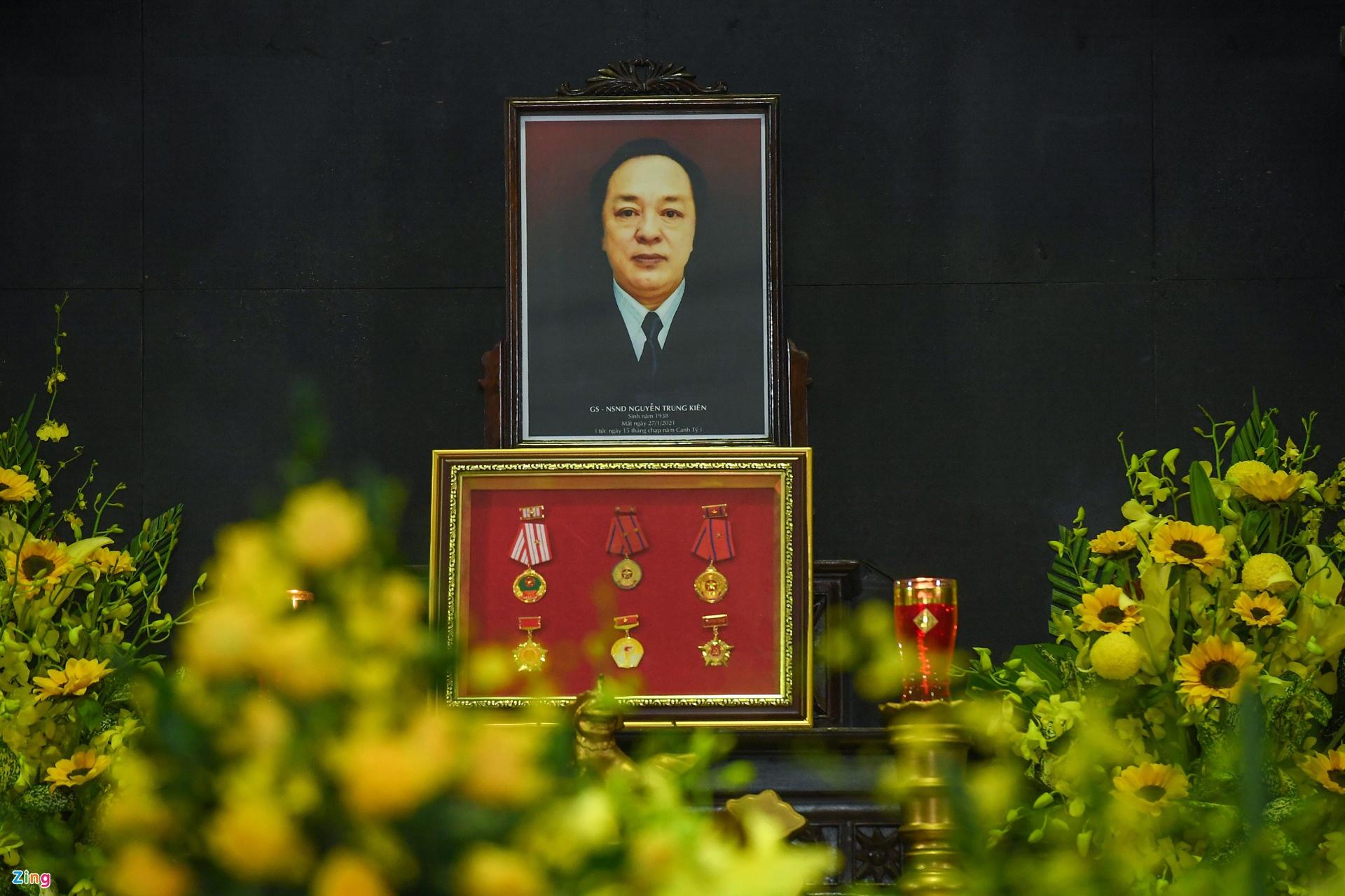 Tang le NSND Trung Kien anh 1