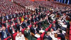 Thông qua Nghị quyết Đại hội XIII của Đảng