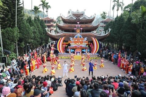 Lễ hội Chùa Hương năm 2021 tạm dừng
