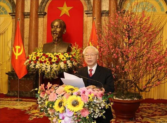 Tổng bí thư, Chủ tịch nước Nguyễn Phú Trọng chúc Tết các đồng chí lãnh đạo và nguyên lãnh đạo Đảng, Nhà nước - Ảnh: TTXVN