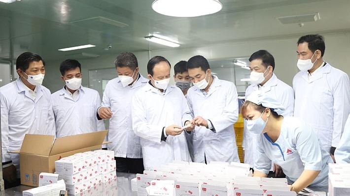 Lãnh đạo thành phố Hà Nội thăm, động viên sản xuất đầu năm tại huyện Thường Tín