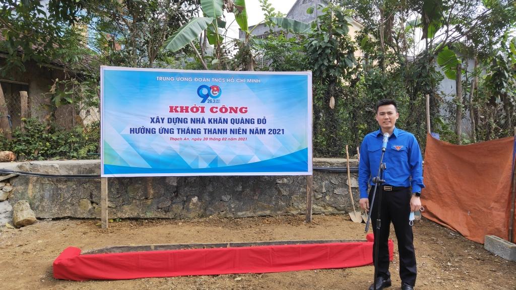 Đồng chí Lý Duy Xuân, Phó Bí thư Thành đoàn, Chủ tịch Hội đồng Đội thành phố Hà Nội phát biểu tại chương trình