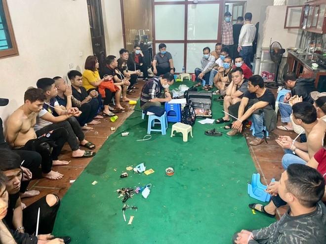 Hai đối tượng tổ chức đánh bạc xóc đĩa ở Thường Tín đối diện án phạt 10 năm tù