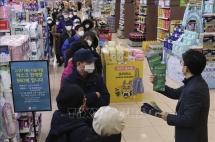 Dịch COVID-19: Hơn 80 quốc gia hạn chế nhập cảnh đối với công dân Hàn Quốc