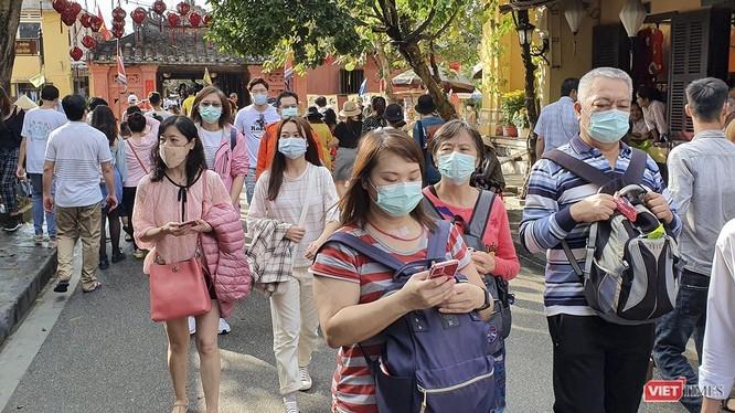 Xử lý nghiêm hành vi kỳ thị khách nước ngoài