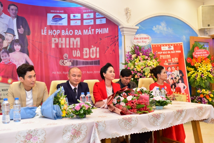 phim tinh toang hi vong day lui covid 19