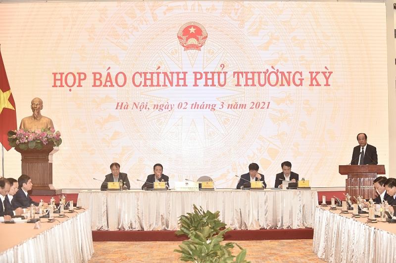 Bộ trưởng, Chủ nhiệm VPCP Mai Tiến Dũng chủ trì họp báo Chính phủ thường kỳ tháng 2/2021. Ảnh: VGP/Nhật Bắc