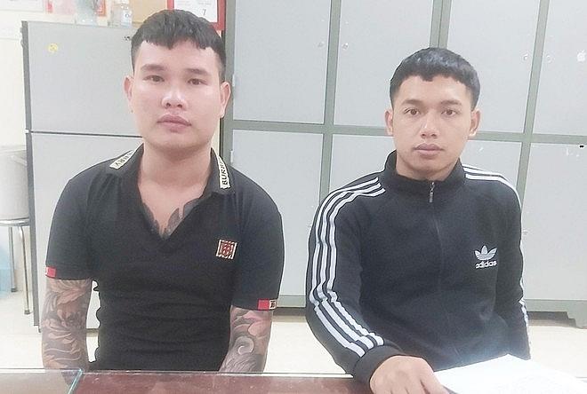 Hai đối tượng Bắc, Giang bị bắt giữ sau một thời gian lực lượng chức năng truy nã toàn quốc (ảnh ANTĐ)