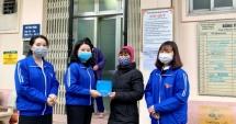 Phó Bí thư Thường trực Thành đoàn Hà Nội thăm hỏi tình nguyện viên bị tai nạn