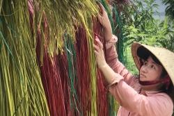 Mục sở thị cách dệt chiếu cói ở làng nghề Phú Yên