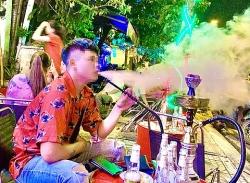 """""""Chặn"""" thuốc lá điện tử, thuốc lá làm nóng, shisha"""