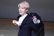 Kang Sung Hoon - Ca sĩ thần tượng Hàn Quốc bị chỉ trích dữ dội vì chê bai hậu bối