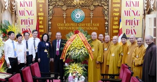 Phó Thủ tướng Thường trực Chính phủ Trương Hòa Bình chúc mừng Giáo hội Phật giáo Việt Nam
