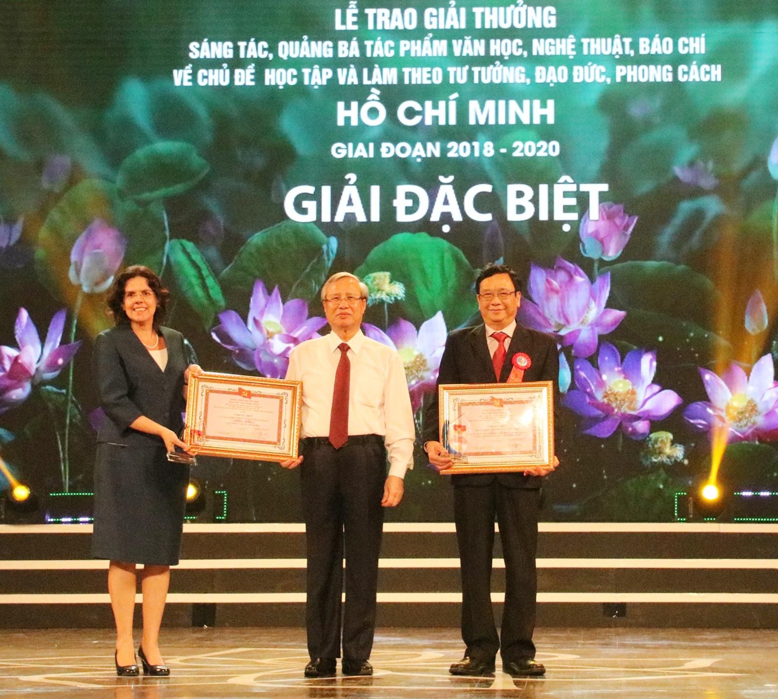 228 tác phẩm về Học tập Bác được tôn vinh, trao thưởng