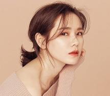 """Son Ye Jin """"qua mặt"""" Song Hye Kyo, trở thành Người phụ nữ đẹp nhất thế giới"""