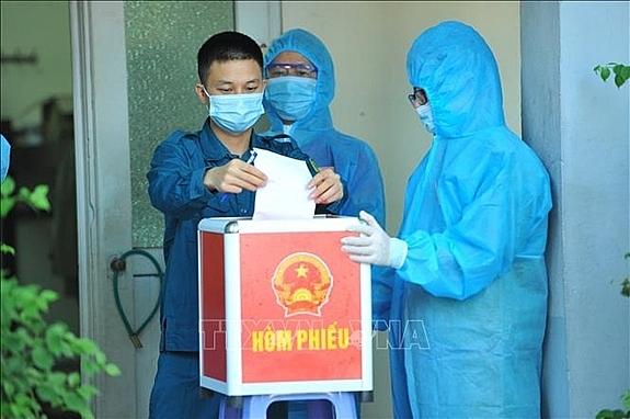 Hòm phiếu đặc biệt trong tâm dịch Bắc Ninh (ảnh QĐND)