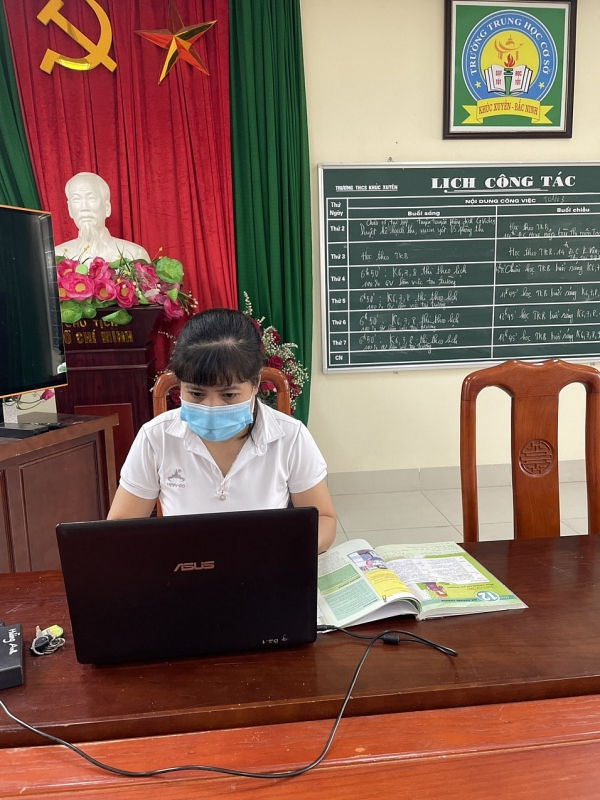 Ôn thi trực tuyến cho học sinh cuối cấp: Chủ động - Kịp thời - Tích cực