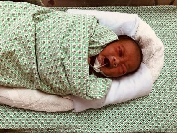 Từ vụ bé sơ sinh bị bỏ rơi tại hố ga 3 ngày: Bỏ con mới đẻ có bị xử lý hình sự?