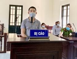 24 tháng tù cho đối tượng chống người thi thành công vụ tại chốt kiểm dịch