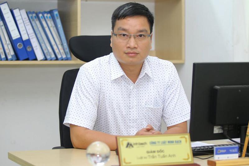 Luật sư Trần Tuấn Anh - Giám đốc công ty luật Minh Bạch, Đoàn Luật sư TP Hà Nội trao đổi về vụ việc nam sinh nuôi cấy ma túy Nấm thức thần