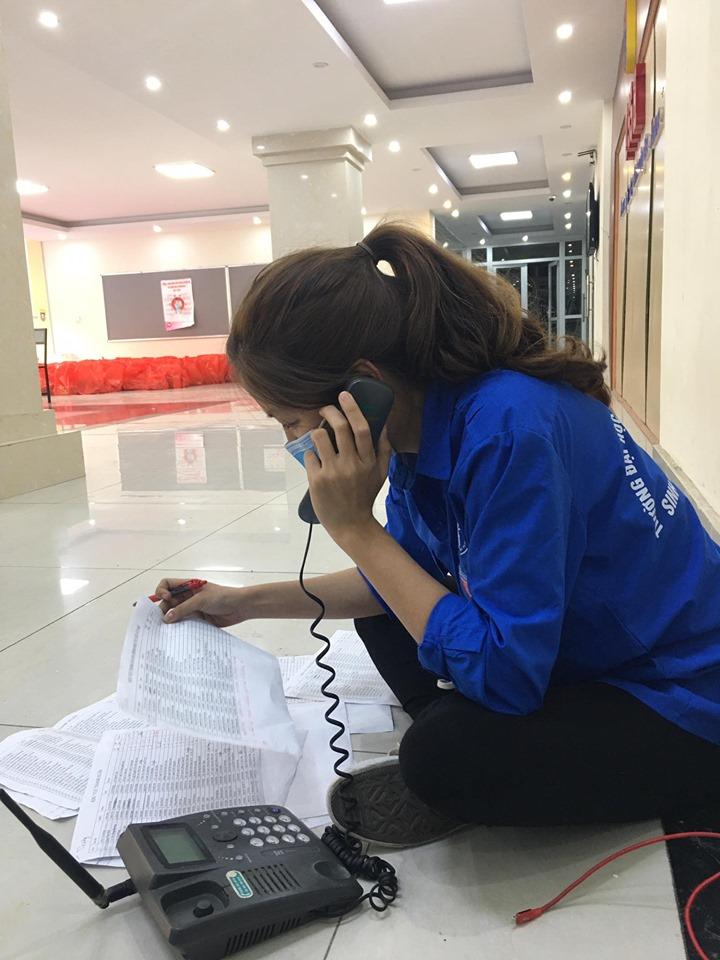 Nguyễn Huyền Thương tham gia Đội tình nguyện hỗ trợ các bạn sinh viên mùa Covid-19
